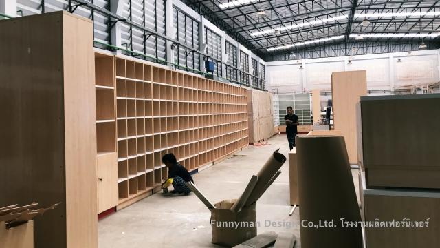 โรงงานเฟอร์นิเจอร์ ผลิตตู้ในเวลาอันรวดเร็ว
